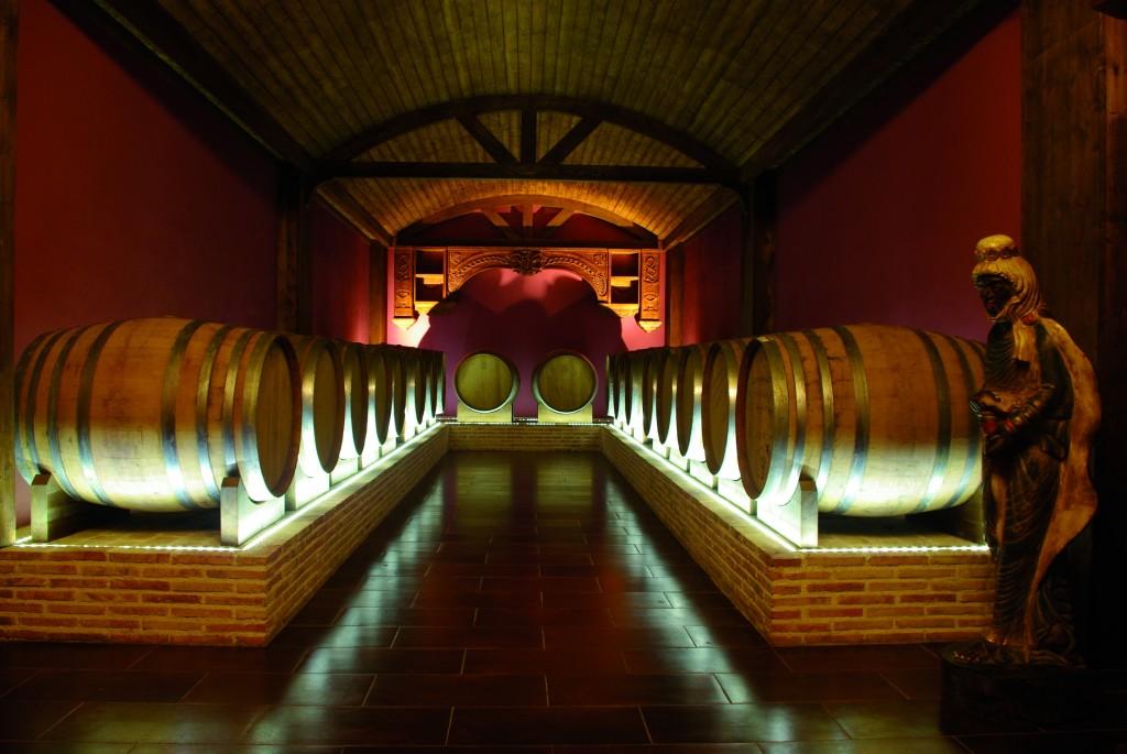 La ermita del fondillón guarda celosamente el mejor vino del mundo